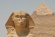 エジプト・ギザ スフィンクスとピラミッド