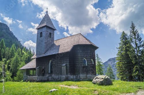 Kirche im Wald
