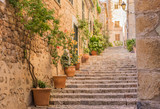 Fototapety Altes Dorf Gasse Treppe Mediterran