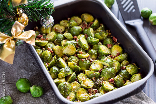Papiers peints Bruxelles Cooked Brussel Sprouts On a ChristmasTable