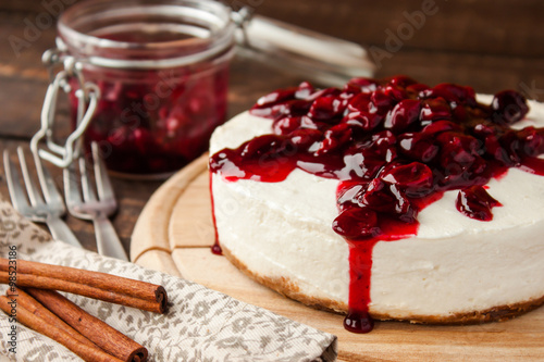 obraz lub plakat cherry cheesecake