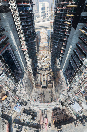 Plakát United Arab Emirates, Dubai, 05/21/2015, Damac Towers Dubai by Paramount, constr
