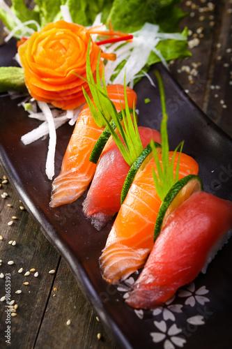 Poster Japanese Salmon, tuna sushi and sauce closeup