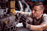 Hard working mechanic - 98697961