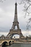 Parigi, la Tour Eiffel in Autunno