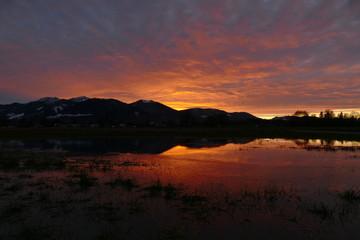 Zachód słońca z góry i dublowanie