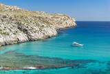 Fototapeta  - Majorka - zatoka Cala Sant Vicenc i jacht © pabisiak