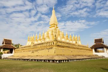 Pha That Luang, 'Great Stupa' jest pokryte złotem dużych buddyjska stupa w centrum miasta Vientiane, Laos. Narodowy pomnik w Laosie i symbolem narodowym.
