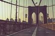 Obrazy na płótnie, fototapety, zdjęcia, fotoobrazy drukowane : View along the pedestrian walkway, Brooklyn Bridge