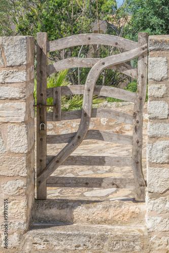 Fototapeta Mallorca, altes Holztor