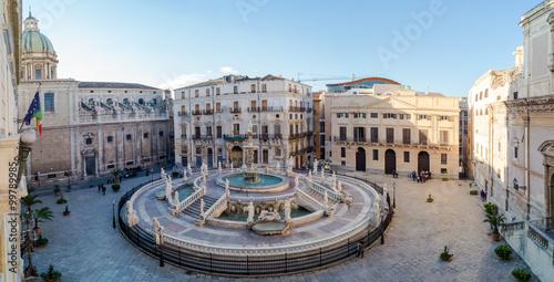 In de dag Palermo Panoramic view of Piazza Pretoria or Piazza della Vergogna, Pale