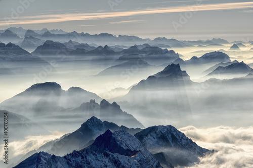Schweizer Alpen - 100703154