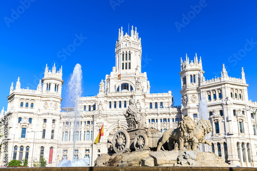 Papiers peints Madrid Plaza de Cibeles with the Palacio de Comunicaciones, Madrid
