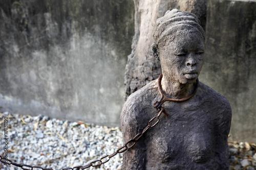 Foto op Aluminium Zanzibar African Slave trade statue