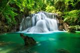 Fototapety Huay Mae Khamin waterfall in tropical fprest, Thailand