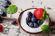 Obrazy na płótnie, fototapety, zdjęcia, fotoobrazy drukowane : Berries in Cocunut
