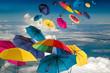 Lebensfreude: Windiger Frühlingstag mit bunten Regenschirmen :)