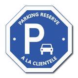 Logo parking réservé à la clientèle.