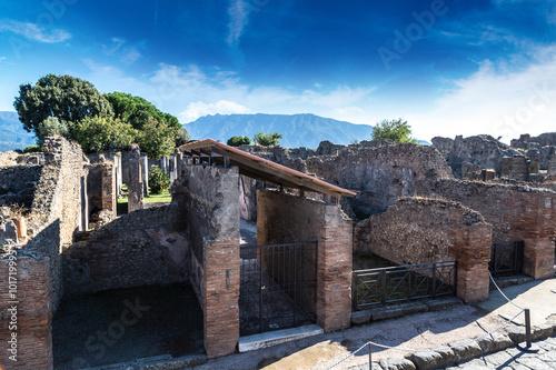 Pompeii city © Sergii Figurnyi