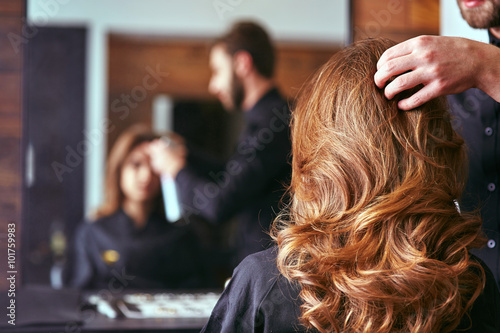 Fototapeta Women's haircut. hairdresser, beauty salon