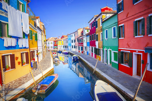 Poszter Colorful houses in Burano, Venice, Italy