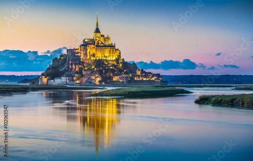 Fototapety, obrazy : Mont Saint-Michel in twilight at dusk, Normandy, France
