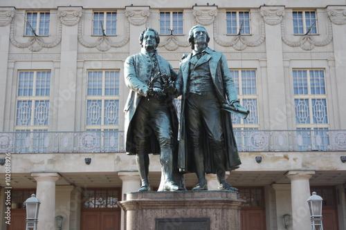 Goethe und Schiller in Weimar плакат
