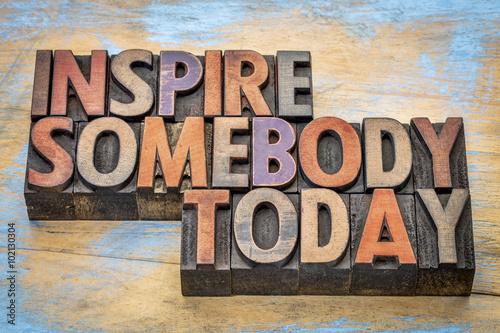 Papiers peints Positive Typography inspire somebody today