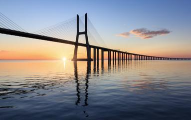Fototapeta most Vasco da Gama w Lizbonie