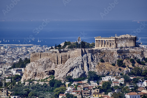 Staande foto Athene Athens Greece, acropolis and saronic gulf with some sailboats
