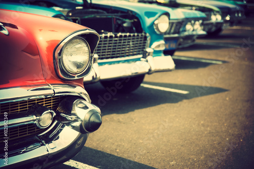 Poster, Tablou Classic cars in a row