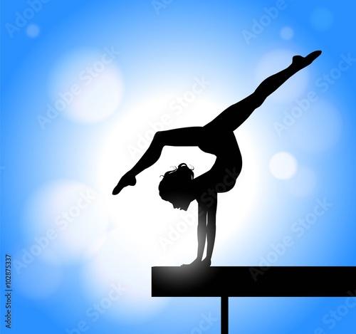 Poster silhouette di ragazza che pratica ginnastica artistica sulla trave