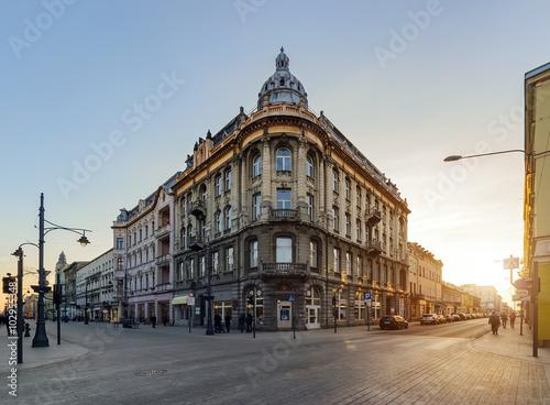 Zdjęcia na płótnie, fototapety na wymiar, obrazy na ścianę : Architecture of Piotrkowska Street in Lodz