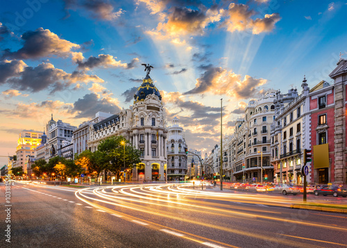 Keuken foto achterwand Madrid Madrid, Spain cityscape at Calle de Alcala and Gran Via.