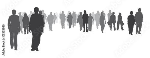 Silhouette - Gemischte bunte Menschengruppe frontal, Menschenmenge, große Gruppe geht vorwärts  - 103353940