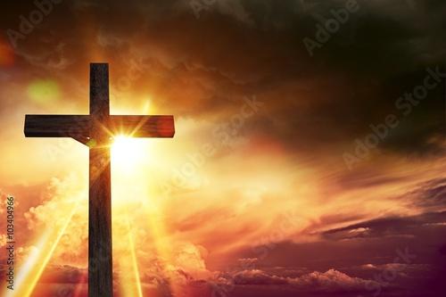 Zdjęcia na płótnie, fototapety, obrazy : Crucifix Blessing Lights