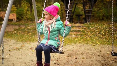 Скачать swing sisters слушать онлайн бесплатно.