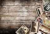 fotografie vintage collage su fondo legno - 103732929