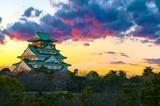Amazing sunset Image of Osaka Castle - 103797173