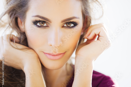Poster, Tablou Beautiful Woman In Daylight