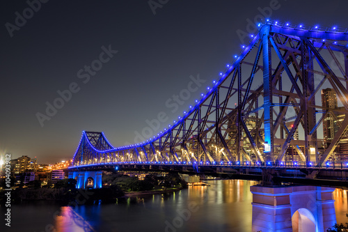 obraz lub plakat The Story Bridge crossing the Brisbane River in the Queensland city of Brisbane