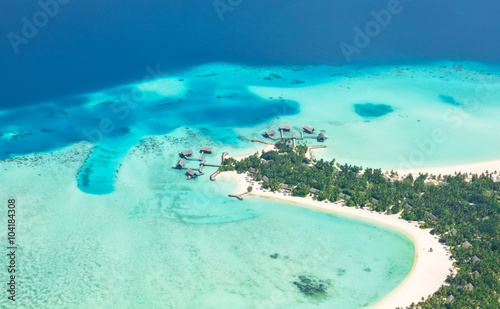 Foto op Canvas Groene koraal Aerial view on Maldives island, Raa atol