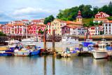 Fototapety Colorful basque houses in port of Saint-Jean-de-Luz, France