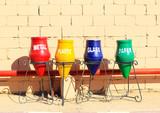 popelnice pro oddělené likvidaci a recyklaci odpadků