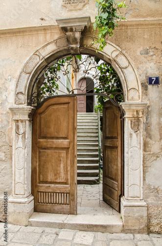 Fototapeta Eingang, offenes Tor