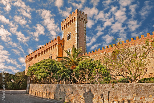 Deurstickers Toscane castle of Bolgheri in Tuscany, Italy