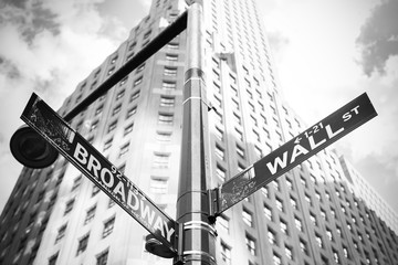 Wall Street and Broadway sign in Manhattan, New York, USA