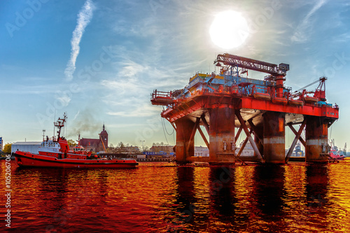 Staande foto Industrial geb. Environmental pollution caused by oil spill - Environmental pollution concept.