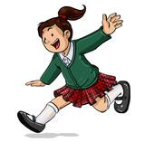 Niña con uniforme escolar en colegio corriendo feliz
