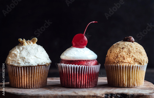 Poster Sweet and creamy cupcakes